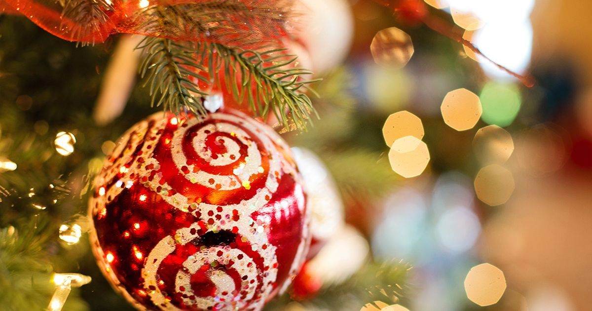 Christmas Giving.Our Christmas Gift Guide On Giving Gifts To Children